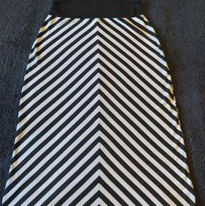 2/$20 Striped maxi skirt